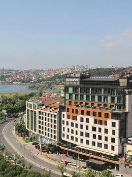 Mövenpick Hotel Istanbul Golden Horn şehrin yeni yıldızı
