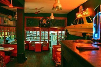 bay yengec pub kadikoy istanbul