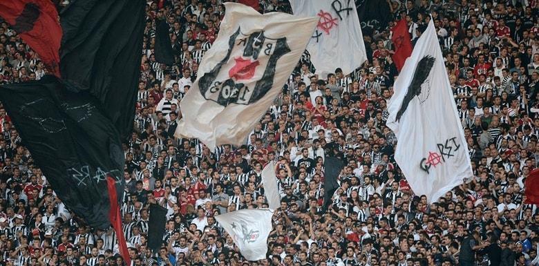 Beşiktaşın Ateşli Taraftarı çArşı