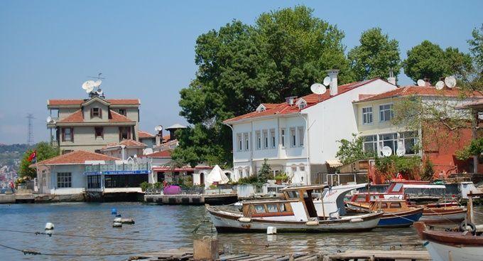 cengelkoy-istanbul-sea-shore