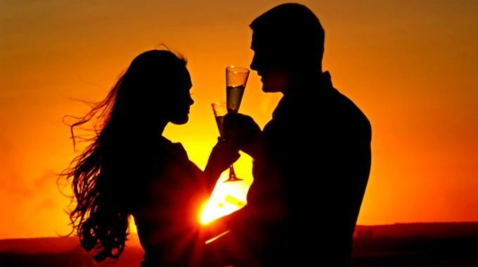 champagne-couple