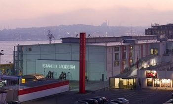 istanbul-modern-building