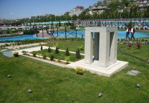 canakkale-monument-miniaturk-istanbul