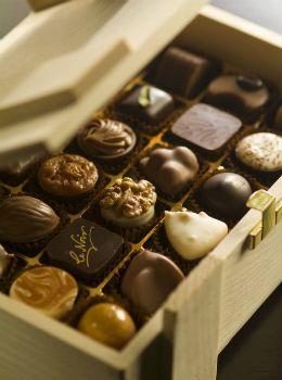 Mövenpick Hotel İstanbul'dan leziz Bayram çikolataları