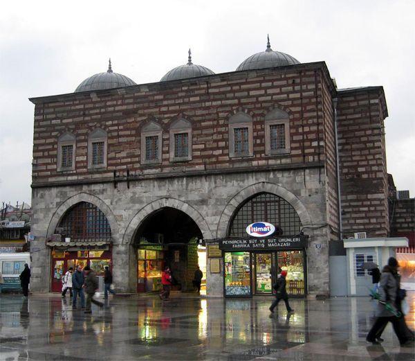 spice-bazaar-sultanahmet-istanbul