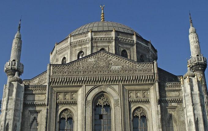 validesultan-mosque-istanbul