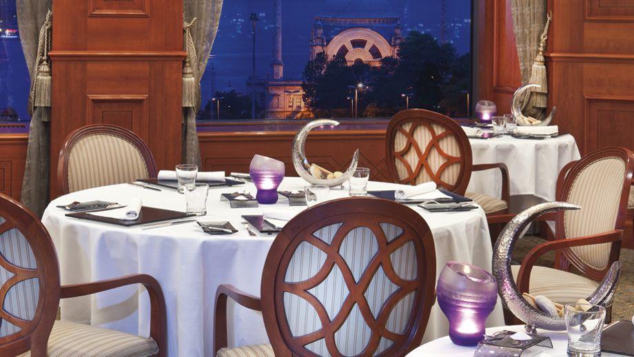 Ritz-Carlton-istanbul-7