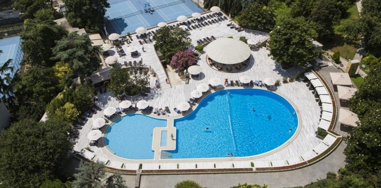 Hilton istanbul Havuzu