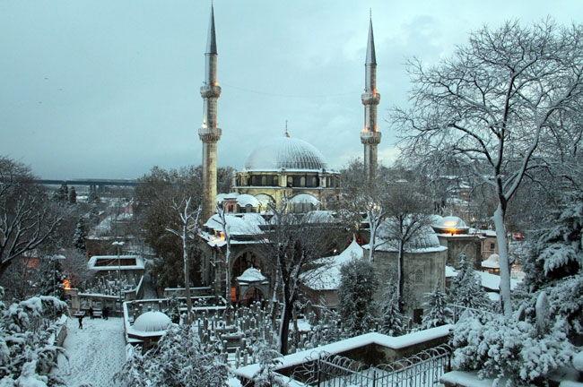 istanbul karlar altında