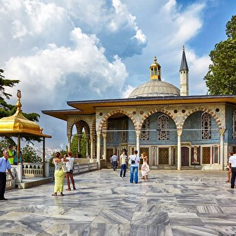 Topkapı Palace: Skip the line Ticket with Guided Tour