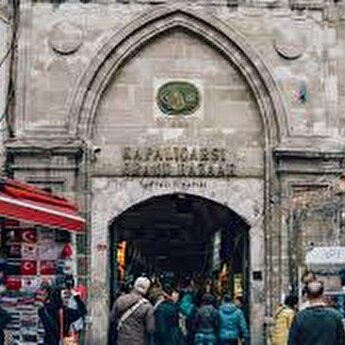 Shopping in Grand Bazaar