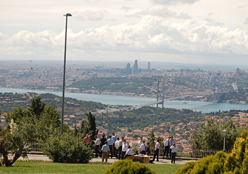 Bosphorus Cruise & Dolmabahçe Palace with Asian Side visit
