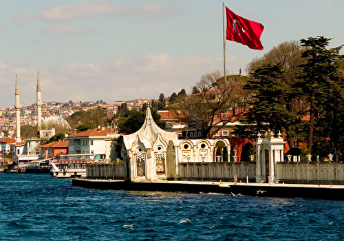 Cruise on Bosphorus and Black Sea with lunch on boat